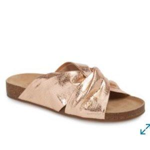 Vince Camuto Biminti Slide Sandal Criss Cross Gold